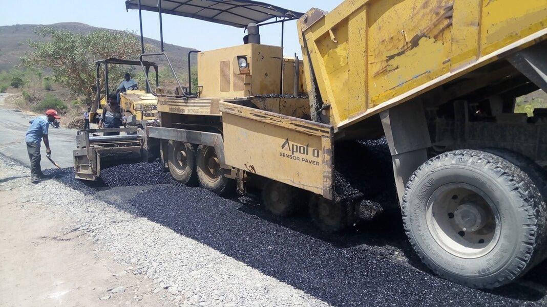 Bitumen paver.jpg