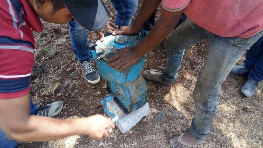 bitumen extraction going on.jpg